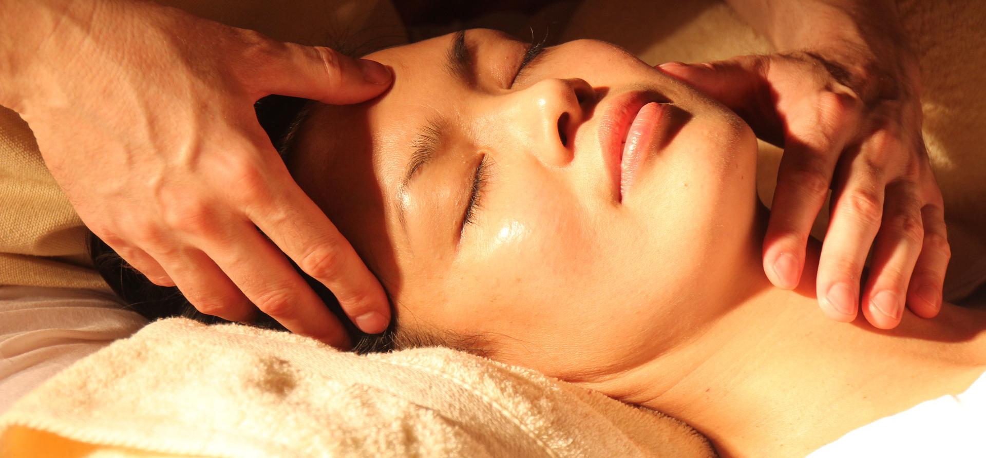 Massaggi. Centro estetico Estetica Francesca a Bioggio - Lugano (Svizzera)